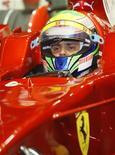 <p>Il pilota Ferrari Felipe Massa. REUTERS/Bazuki Muhammad (SINGAPORE)</p>