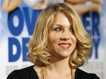 "<p>Actress Christina Applegate smiles at the premiere of ""Over Her Dead Body"" at the ArcLight theatre in Hollywood, California January 29, 2008. REUTERS/Mario Anzuoni</p>"