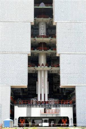 The PSLV-C11 (Polar Satellite Launch Vehicle), Chandrayaan-1 sits on the second launch pad of Satish Dhawan space centre at Sriharikota, about 100 km north of Chennai in this October 11, 2008 file photo. REUTERS/Babu