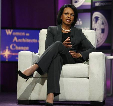 Secretary of State Condoleezza Rice takes part in a conversation on leadership, legacy and life at the Women's Conference 2008 in Long Beach, California October 22, 2008. REUTERS/Mario Anzuoni