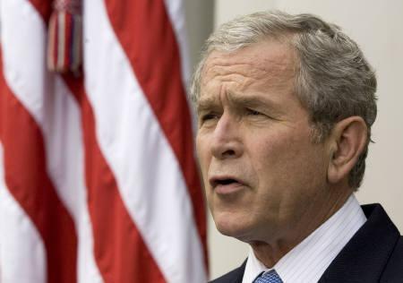 11月5日、米政府高官によるとブッシュ米大統領はG20で自由市場主義を放棄しないよう要請へ(2008年 ロイター/Larry Downing)