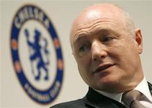 <p>O Chelsea não deve contratar reforços durante a janela de transferências em janeiro, disse o chefe-executivo do clube inglês, Peter Kenyon, nesta segunda-feira. REUTERS/Christian Hartmann</p>