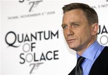 "<p>L'attore Daniel Craig, protagonosta dell'ultimo film di James Bond, ""Quantum of Solace"". REUTERS/Alessandro Bianchi (ITALY)</p>"