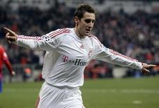 <p>O atacante Miroslav Klose, do Bayern de Munique, comemora gol marcado na Liga dos Campeões. 25 de novembro.REUTERS/Michael Dalder (GERMANY)</p>