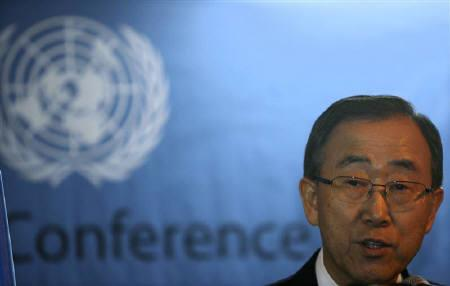 United Nations Secretary-General Ban Ki-Moon talks during a news conference in Dhaka in this November 2, 2008 file photo. REUTERS/Andrew Biraj