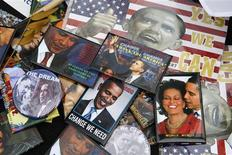 <p>Barack Obama election items are displayed for sale by a street vendor on 125th Street in the Harlem section of New York City in this November 4, 2008 file photo. REUTERS/Mike Segar/Files</p>
