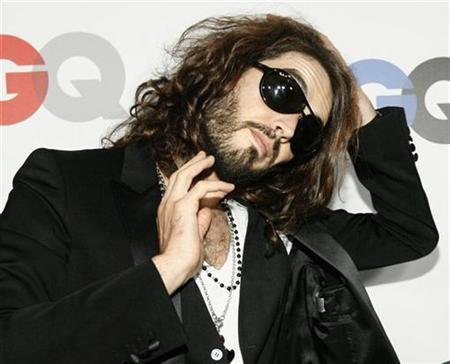 Russell Brand poses at the 13th annual GQ magazine ''Men of the Year'' party in Los Angeles November 18, 2008. REUTERS/Mario Anzuoni