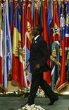 <p>Президент Зимбабве Роберт Мугабе принимает участие в конференции ООН в Дохе, 29 ноября 2008 года Президент Зимбабве Роберт Мугабе заявил в четверг, что эпидемия холеры остановлена. REUTERS/Osama Faisal (QATAR)</p>