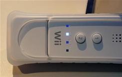 <p>Un telecomando della Nintendo Wii REUTERS/Fred Prouser</p>