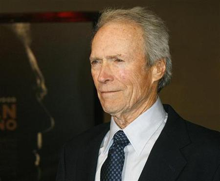Director and actor Clint Eastwood arrives at the world premiere of his new film ''Gran Torino'' at the Warner Bros. studio lot in Burbank, California December 9, 2008. REUTERS/Fred Prouser