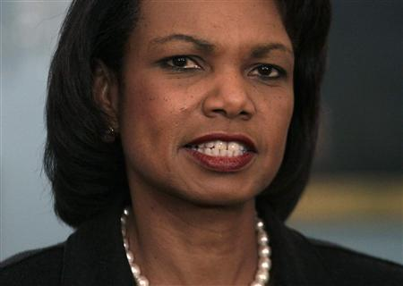 Secretary of State Condoleezza Rice speaks about David Welch, Assistant Secretary for Near Eastern Affairs, at the State Department in Washington, December 18, 2008. REUTERS/Yuri Gripas