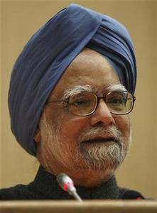 India's Prime Minister Manmohan Singh speaks during a conference on development, freedom and welfare in honour of Indian Nobel economics laureate Amartya Sen in New Delhi December 19, 2008. REUTERS/B Mathur