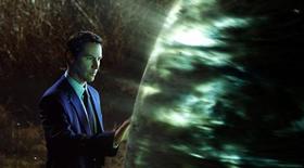 """<p>Ator Keanu Reeves em cena do filme """"O Dia em que a Terra Parou"""". Foto de divulgação. REUTERS/WETA/20th Century Fox</p>"""