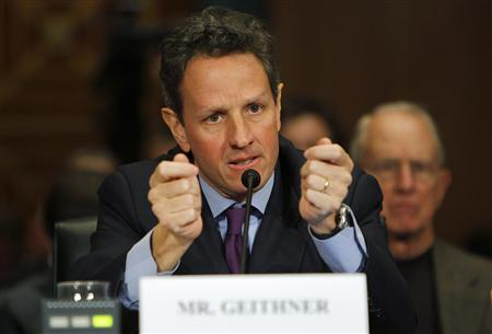 New York Federal Reserve Bank President Timothy Geithner, US President Barack Obama's nominee for Treasury Secretary, testifies in his confirmation hearing before the Senate Finance Committee on Capitol Hill in Washington, January 21, 2009. REUTERS/Brian Snyder