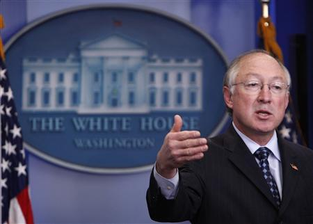 Secretary of the Interior Ken Salazar speaks at the daily press briefing at the White House in Washington, January 28, 2009. REUTERS/Jim Young