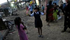 """<p>Rubina Ali, que atuou no filme """"Quem quer ser um milionário?"""" na favela indiana onde mora REUTERS/Arko Datta (INDIA)</p>"""