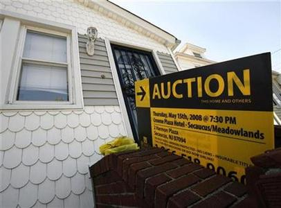 A foreclosed home up for auction in New Hyde Park, New York, May 17, 2008. REUTERS/Shannon Stapleton