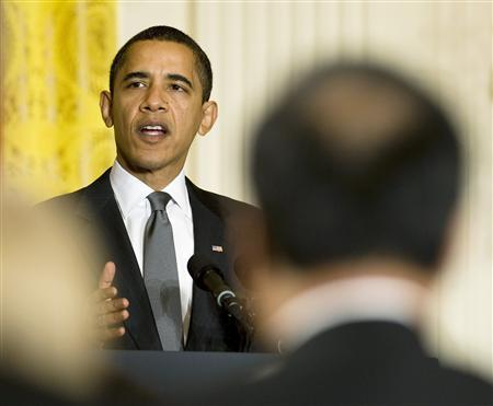 President Barack Obama addresses the U.S. Conference of Mayors in the East Room of the White House in Washington February 20, 2009. REUTERS/Larry Downing