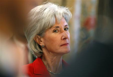 Kansas Governor Kathleen Sebelius attends the meeting of the Governors Association hosted by President Obama at the White House in Washington February 23, 2009. REUTERS/Kevin Lamarque