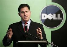 <p>Michael Dell, presidente de Dell, habla durante una conferencia en Pekín, 26 mar 2009. Las ventas en China del fabricante de computadoras estadounidense Dell Inc crecieron un 28 por ciento en términos unitarios en el año que terminó en enero, lo que representó cerca de un 5 por ciento del negocio global de la compañía, dijo el jueves el presidente ejecutivo Michael Dell. REUTERS/Jason Lee</p>