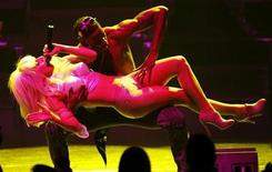 <p>Lady Gaga performs at the Monte Carlo Grimaldi Forum in Monaco, February 17, 2009. REUTERS/Eric Gaillard</p>