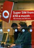 <p>Il logo di Vodafone. REUTERS/David Moir</p>