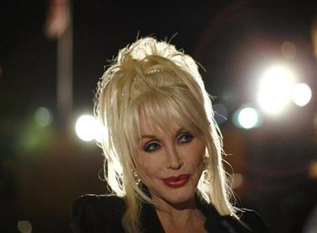 Composer and lyricist Dolly Parton attends the party following the opening night of ''9 to 5: The Musical'' in Los Angeles September 20, 2008. REUTERS/Mario Anzuoni