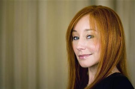 Musician Tori Amos poses for a portrait while promoting her new album ''Abnormally Attracted To Sin'' in New York March 26, 2009. REUTERS/Lucas Jackson