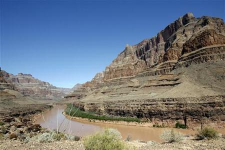 The Grand Canyon and the Colorado river are seen in Grand Canyon, Arizona, April 1, 2007. REUTERS/Mario Anzuoni