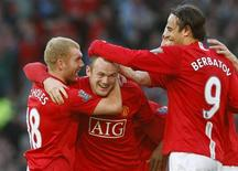 <p>Jogadores do Manchester United comemoram gol que garantiu vitória de 5 x 2 de virada sobre o Tottenham no sábado. REUTERS/Phil Noble</p>