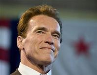 <p>California Governor Arnold Schwarzenegger is pictured during a town hall meeting at the Miguel Contreas Learning Complex in Los Angeles, California, March 19, 2009. REUTERS/Larry Downing</p>