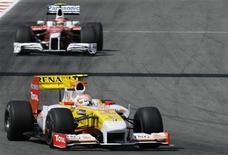 <p>Piloto da Renault de Fórmula 1 brasileiro Nelson Piquetno Grande Prêmio em Montmelo. 08/05/2009. REUTERS/Gustau Nacarino</p>