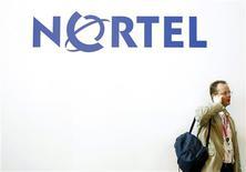 <p>Nortel Networks Corp, l'équipementier télécom canadien qui a déposé le bilan au début de l'année, annonce des pertes trimestrielles plus importantes que prévu, la récession ayant fait chuter son chiffre d'affaires. /Photo d'archives/REUTERS/Albert Gea</p>