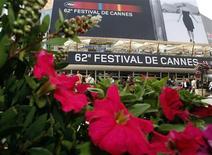 <p>Entrada principal do Festival de Filmes de Cannes. 12/05/2009. REUTERS/Regis Duvignau</p>