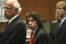 <p>Produttore musicale Phil Spector in aula durante il processo per omicidio di secondo grado. REUTERS/Al Seib/Pool</p>