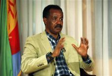 <p>Eritrea's President Isaias Afwerki speaks during an interview in Asmara, May 13, 2008. REUTERS/Radu Sigheti</p>