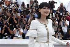 "<p>Cast member Rinko Kikuchi poses during a photocall for the film ""Map Of The Sounds Of Tokyo"" by director Isabelle Coixet in competition at the 62nd Cannes Film Festival May 23, 2009. REUTERS/Jean-Paul Pelissier</p>"