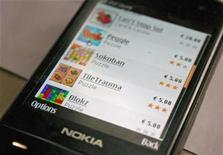 <p>Una versión de prueba de la nueva Ovi Store de Nokia, en Helsinki, 14 mayo 2009. Nokia anunció que comenzó a desarrollar su muy anticipada tienda virtual de software y contenidos, Ovi Store, en un intento por imitar el éxito del App Store de su rival Apple. REUTERS/Tarmo Virki</p>