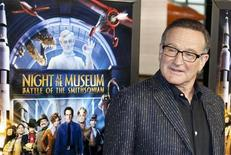 "<p>Robin Williams davanti alla locandina del film ""Una Notte al Museo 2"". REUTERS/Joshua Roberts (UNITED STATES ENTERTAINMENT)</p>"
