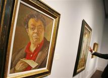 <p>Auto-retrato do pintor mexicano Diego Rivera visto na Christie's em Nova York. 26/05/2009. REUTERS/Shannon Stapleton</p>
