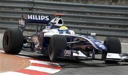 <p>Piloto da equipe Williams Nico Rosberg, da Alemanha, durante treino em Mônaco. 21/05/2009 REUTERS/Robert Pratta</p>