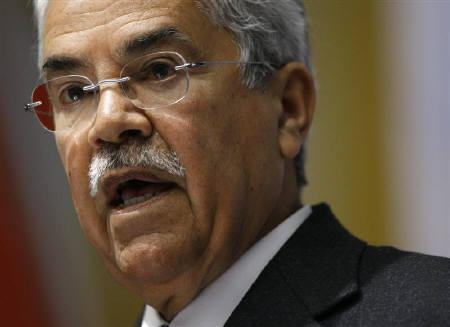 Ali al-Naimi, Saudi Arabia's Oil Minister, addresses the Energy Pact Conference at the International Conference Centre in Geneva March in this 16, 2009 file photo. REUTERS/Denis Balibouse/Files