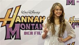 """<p>Atriz Miley Cyrus na estreia do filme """"Hannah Montana: O Filme"""" em Munique. 25/04/2009. REUTERS/Michaela Rehle</p>"""