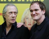 <p>Foto de arquivo do diretor Quentin Tarantino e o ator David Carradine em Madri. 04/06/2009. REUTERS/Susana Vera/Arquivo</p>