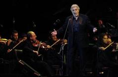 <p>Spanish tenor Placido Domingo performs at Ricardo Saprissa stadium in San Jose November 14, 2008.REUTERS/Juan Carlos Ulate</p>