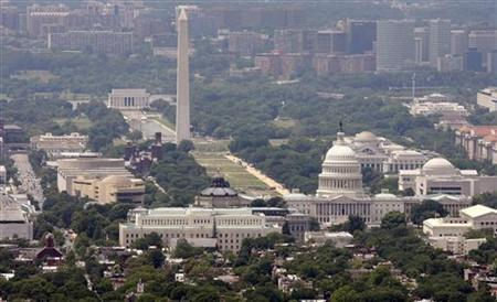 The skyline of Washington DC looking at the U.S. Capitol and the Mall, May 22, 2009. REUTERS/Larry Downing