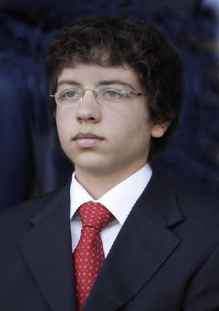 Jordan's Crown Prince Hussein Bin Abdullah, the eldest son of Jordan's King Abdullah and Queen Rania, is pictured in Amman July 2, 2009.  REUTERS/Yousef Allan