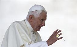 "<p>G8, Papa: ascoltare i poveri, ""significativa"" scelta L'Aquila. REUTERS/Tony Gentile</p>"