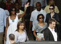 <p>La first lady americana Michelle Obama con la figlia Malia ieri al Colosseo. REUTERS/Giampiero Sposito</p>