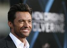 "<p>Cast member Hugh Jackman poses at an industry screening of ""X-Men Origins: Wolverine"" at the Grauman's Chinese theatre in Hollywood, California April 28, 2009. REUTERS/Mario Anzuoni</p>"
